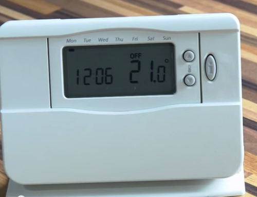 How to use a Center Honeywell Wireless Room Thermostat
